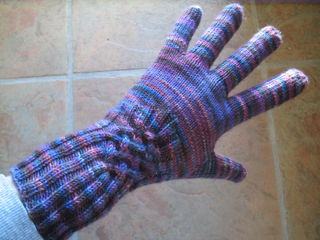 Knotty Gloves 004